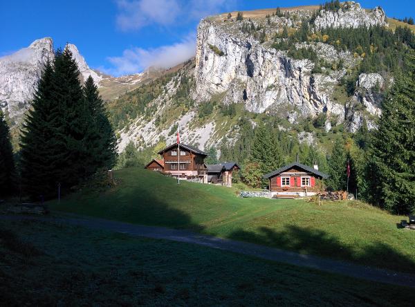 Wandern Unterwallis - Bergdorf Taney